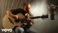 Andy Mckee — Africa
